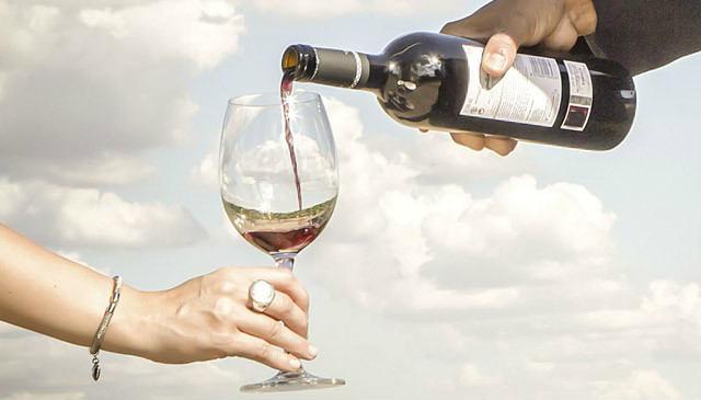 Y llevate la copa en tu kit de Winelover