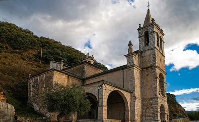 Santuario de Nuestra Señora de las Angustias - Imagen de Turismo Molinaseca