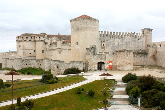 Castillo de los Duques de Alburquerque - Imagen de Cuéllar