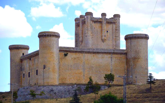 Castillo de Torrelobatón - Imagen de NuestroviajesporEuropa