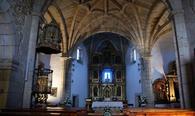 Interior de la Iglesia de Santa María del Azogue - Imagen de Románico Zamora