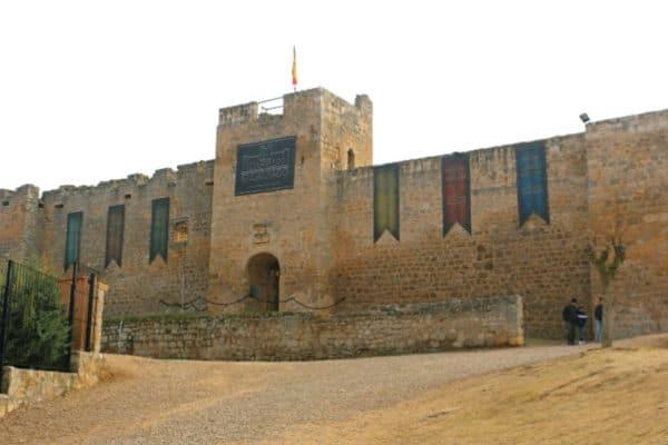 El Castillo Encantado de Trigueros del Valle - Destino Castilla y León