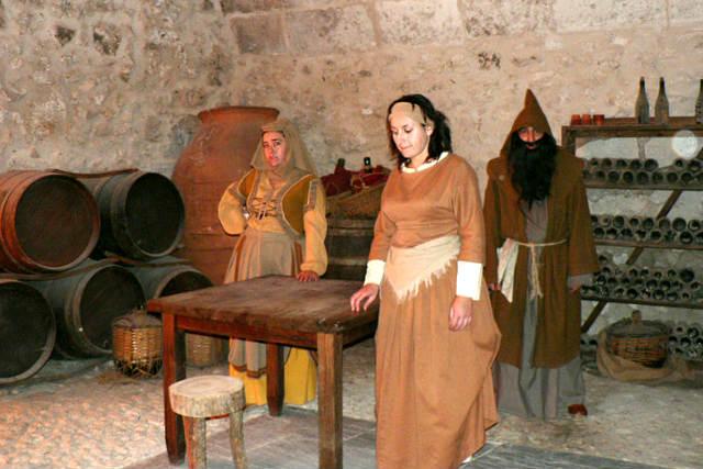 Visitas teatralizadas al castillo de Cuéllar - Imagen de Romerin