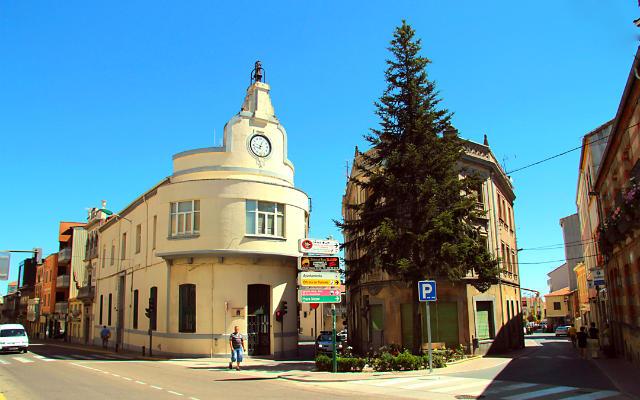 Edificio del reloj de Guijuelo - Destino Castilla y León