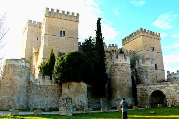 Guía para visitar Ampudia - Destino Castilla y León