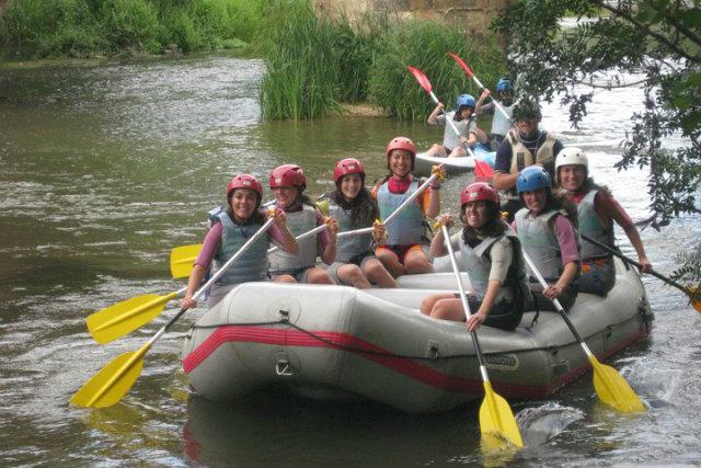 descenso en bote por el Duero (Soria) Fuente: Kayak Numancia