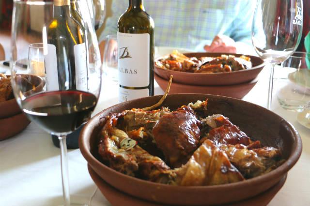Lechazo asado al estilo Aranda de Duero - Destino Castilla y León