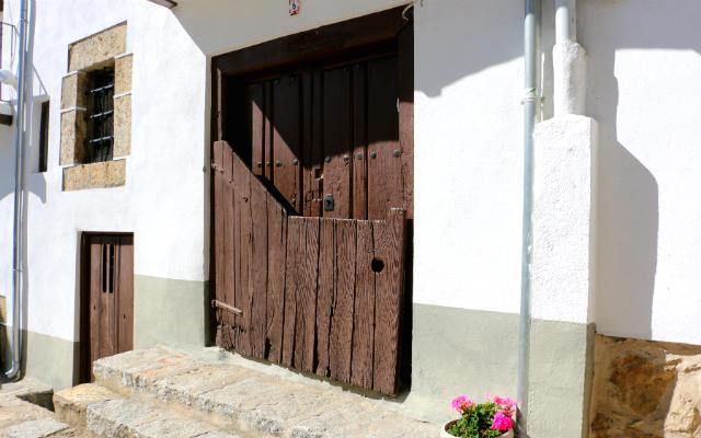 Tradicional Batipuerta de Candelaria - Destino Castilla y León
