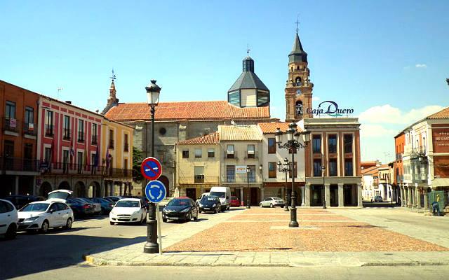 Plaza de Peñaranda de Bracamonte - Imagen de wikipedia