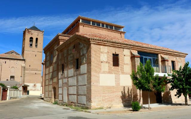 Exterior de la Iglesia de la Orden Tercera de La Seca rehabilitada por Javier Sanz - Destino Castilla y León