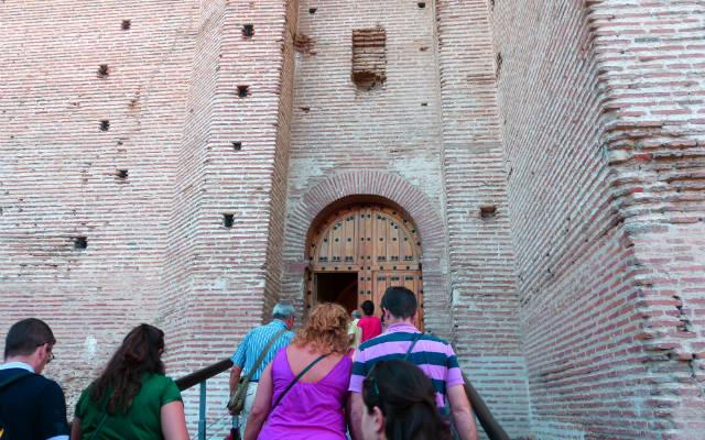 Entrada a la fortaleza interior - Destino Castilla y León