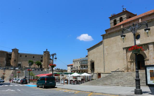 Plaza mayor de Béjar - Destino Castilla y León