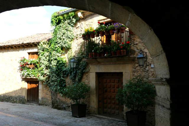 Arco de acceso al museo y a la Plaza Mayor - Destino Castilla y León