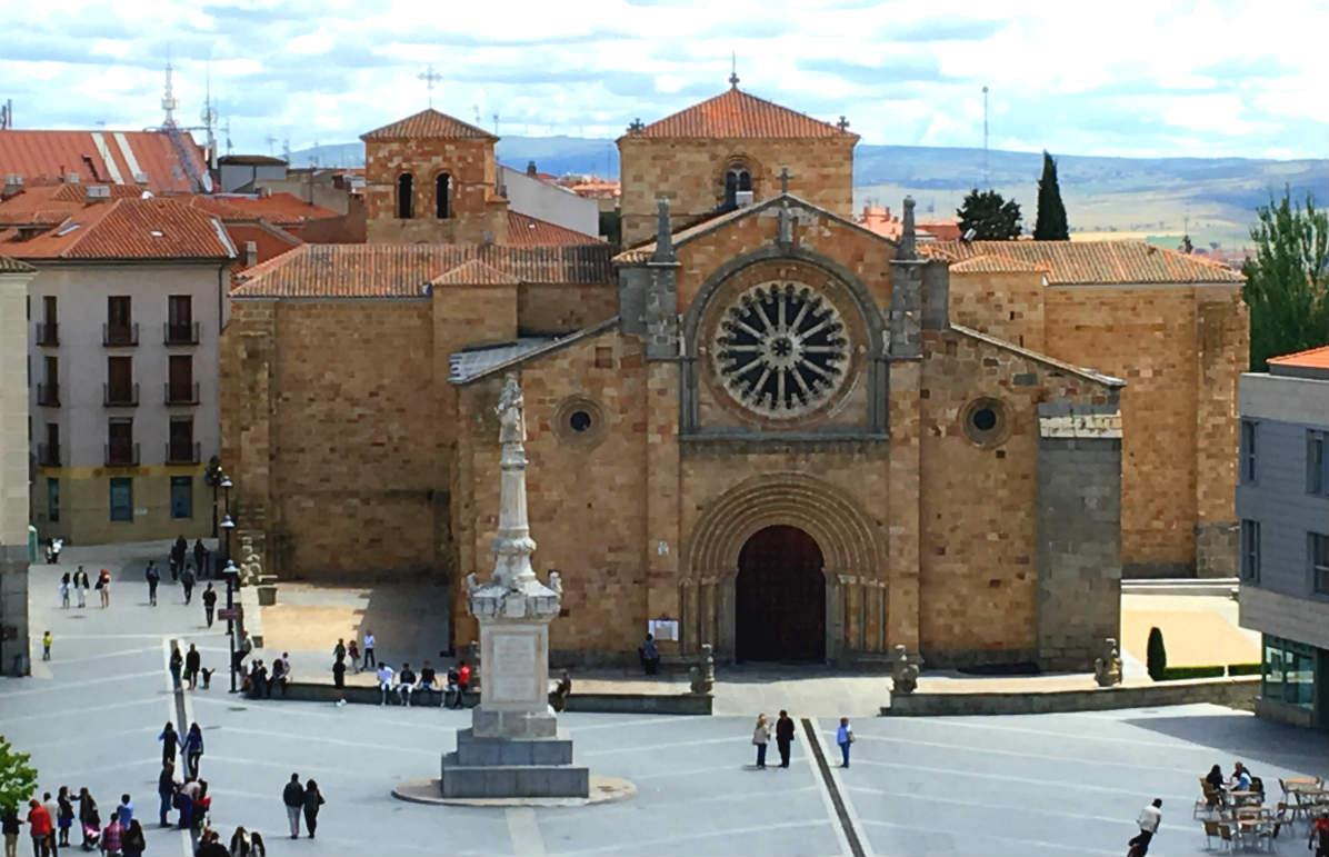 Iglesia de San Pedro de Ávila - Destino Castilla y León