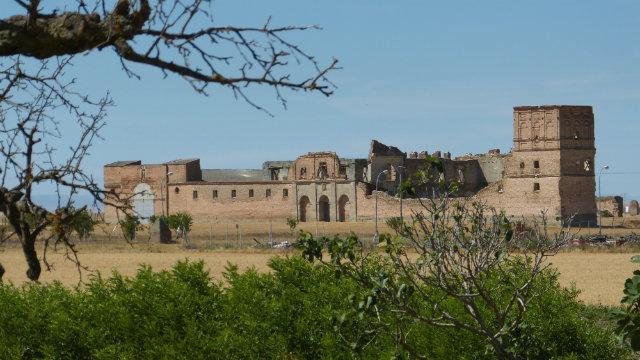 Convento Agustino de Extramuros en Madrigal de las Altas Torres - Destino Castilla y León