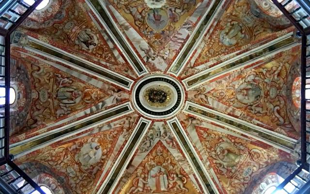Cúpula barroca de la Cripta de la Iglesia de San Miguel de Olmedo - Destino Castilla y León