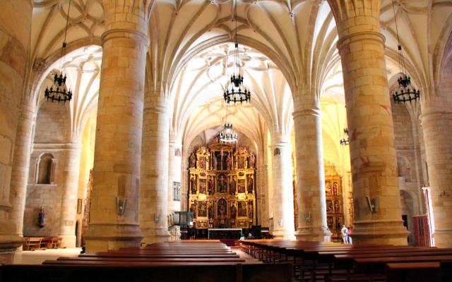 Planta de salón de la Concatedral de Soria