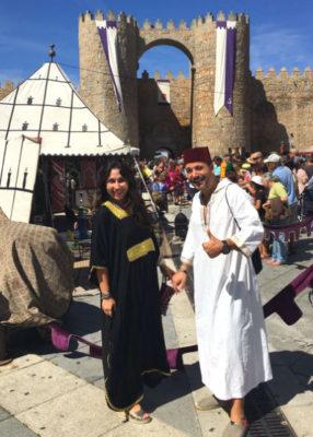 Trajes en el Mercado Medieval de Ávila - Imagen de Organizo tu Viaje