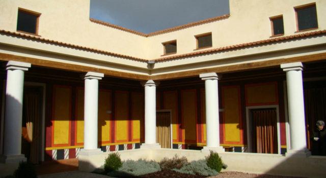 Recreación de villa romana