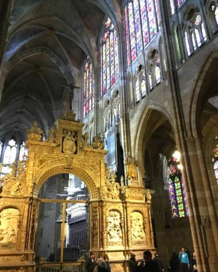 Interior de la Catedral de León - Destino Castilla y León