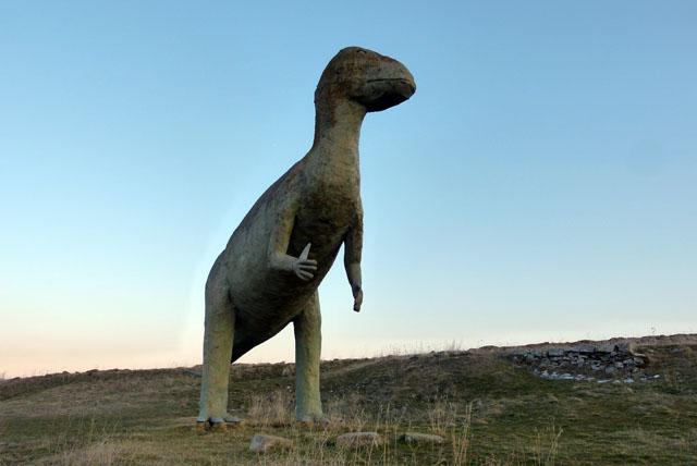 Réplica de Dinosaurio en Garray