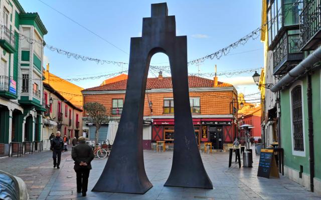 Caminando por el Barrio Romántico de León - Destino Castilla y León