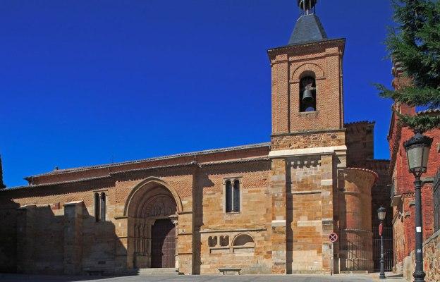 Iglesia de San Juan de Benavente - Imagen de Ruta en Familia