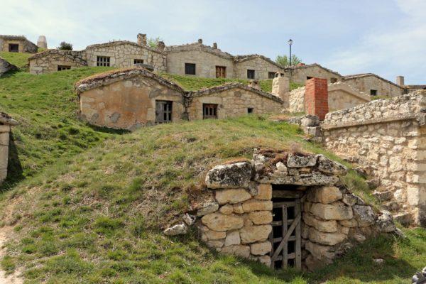 Bodegas subterráneas en Moradillo de Roa - Destino Castilla y León