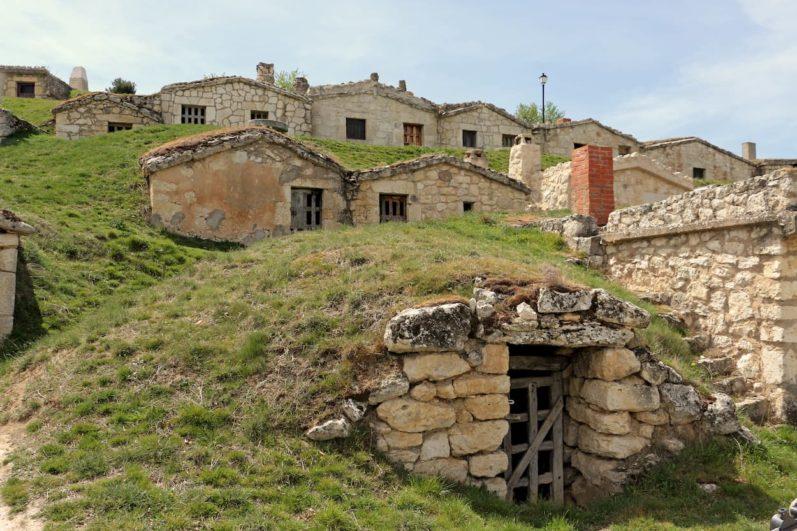 bodegas subterráneas en Moradillo de Roa