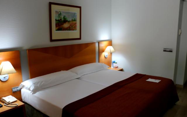 Habitación simple del Hotel Silken Don Luis de León - Imagen de Destino Castilla y León
