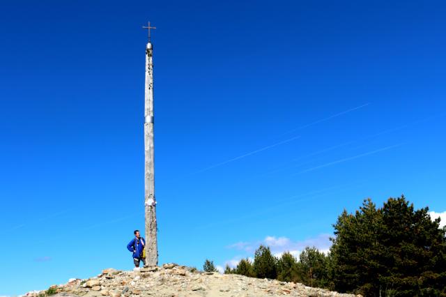 La Cruz de Ferro, un alto en el Camino de Santiago - Destino Castilla y León