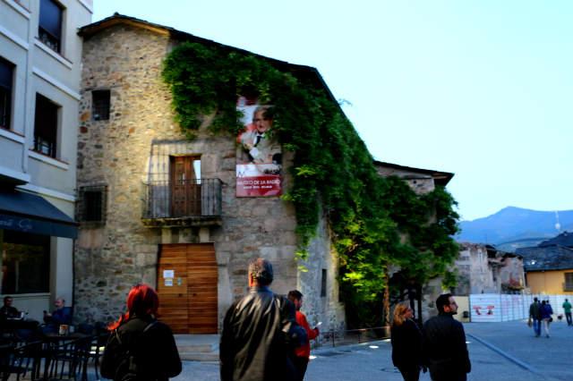 Museo de la Radio de Luis del Olmo en Ponferrada - Destino Castilla y León