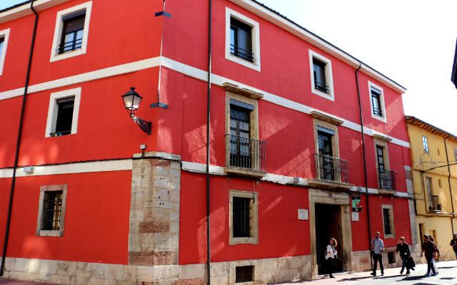 Albergue Residencia Unamuno de León - Destino Castilla y León