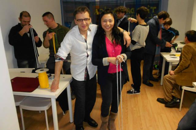 Juan Mayoral y Huang Zheng, en la academia de magia - Imagen de Sergio Jorge