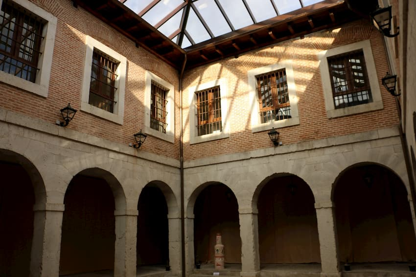 interior del ayuntamiento de La Seca - Destino Castilla y León