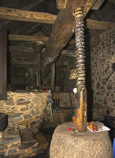 Lagar tradicional El Alvarico, en Noceda del Bierzo - Imagen de Cardinalia