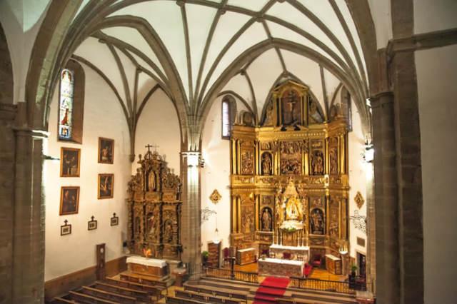 Interior de la basílica de la Encina de Ponferrada - Imagen de la Iglesia