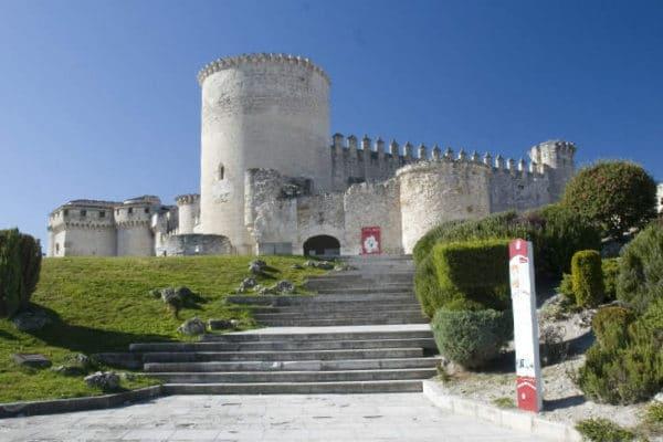 Castillo de los Duques de Alburquerque - Imagen de Cuéllar.es