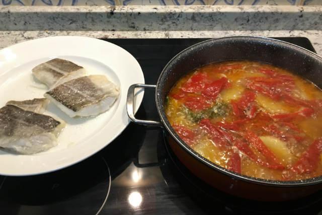 Cocemos todo junto para que se termine de hacer - Destino Castilla y León