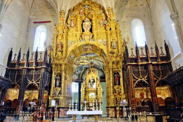 Capilla mayor de la Iglesia de San Salvador de Oña - Imagen de Planeta Dunia