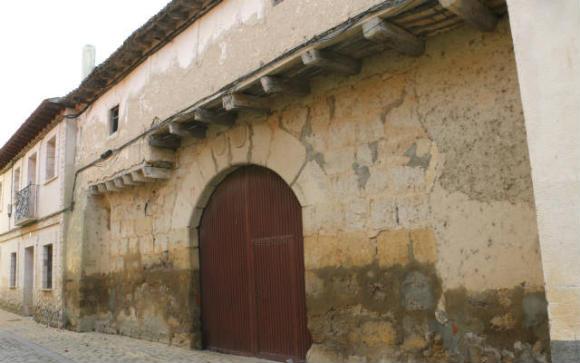 Casas blasonadas de Ampudia - Destino Castilla y León