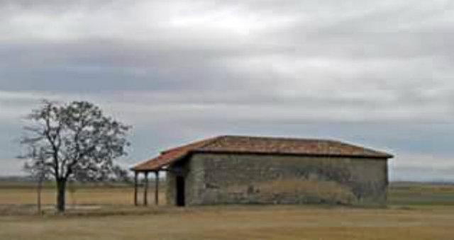 Ermita de la Virgen del castrillo Ampudia - Imagen de Clickturismo
