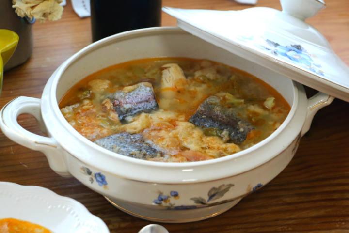 Maridaje de la Sopa de trucha con un Prieto Picudo de León - Destino Castilla y León
