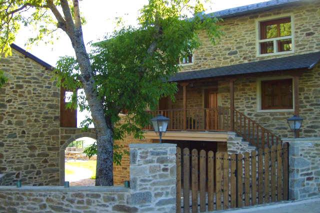 Casas de San Juan de la Cuesta - Imagen de Hotel Rural El Atardecer de Sanabria