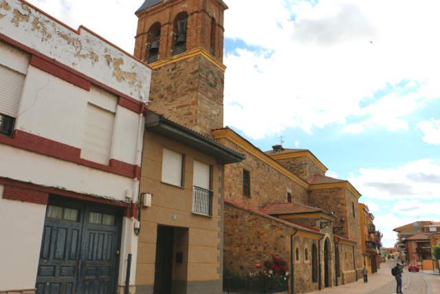 Iglesia de San Juan Bautista de Hospital de Órbigo - Destino Castilla y León