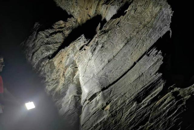 Visita nocturna guiada por el yacimiento - Imagen de la Fundación Siega Verde