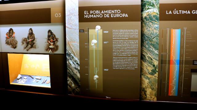 Paneles informativos del Centro de Interpretación del Yacimiento - Destino Castilla y León