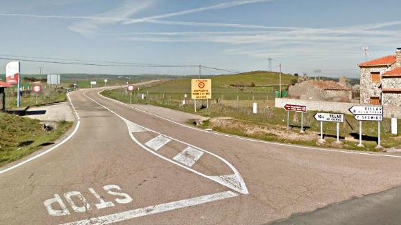 Desviación desde la carretera SA 324 en Castillejo de Martín Viejo - Destino Castilla y León