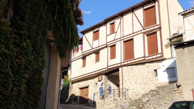 Bodega familiar Don Celestino en San Esteban de la Sierra - Destino Castilla y León