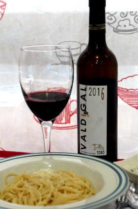 Armonía del Valdigal 2016 con unos Spaghetti cacio e pepe - Destino Castilla y León
